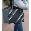 Női-shopper-táska-fekete-szürke-bézs-vállon-pakkoljhu