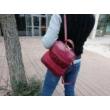 David-Jones-női-hátizsák-burgundi-vállon-pakkoljhu
