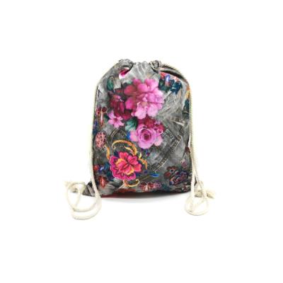 Női-hátizsák-divat-tornazsák-szürke-farmerhatású-virágmintás-pakkolj-hu